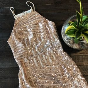 PARTY / FORMAL SEQUIN ROSE GOLD DRESS